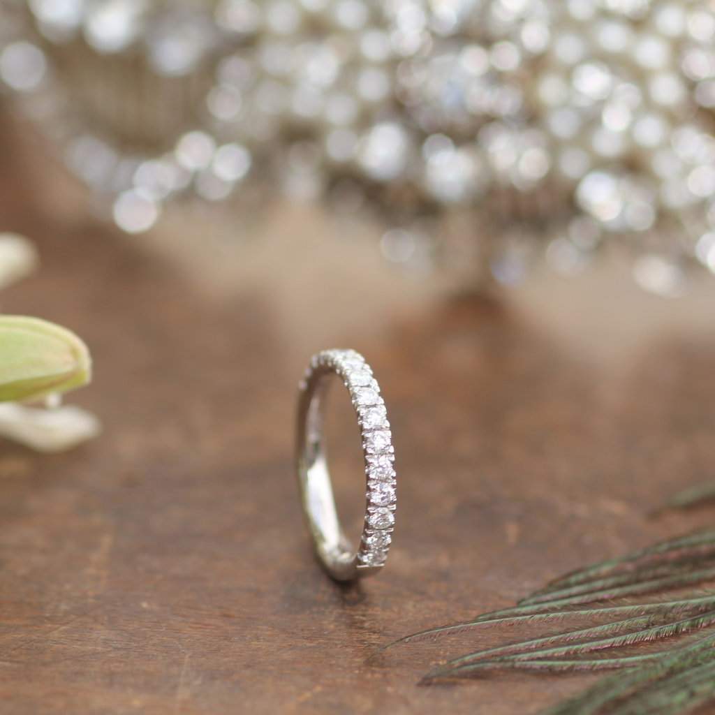 Joulberry White Gold Cape Eternity Ring
