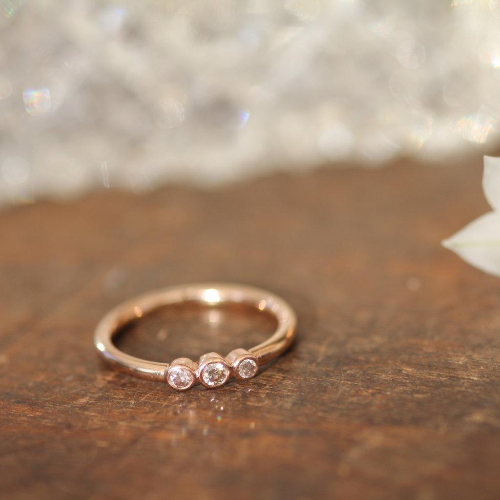 DAISY Rose Gold Trio Diamond Ring