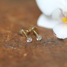 DAISY Gold Diamond Solitaire Earrings