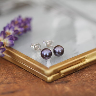 Joulberry Black Ocean Pearl Stud Earrings