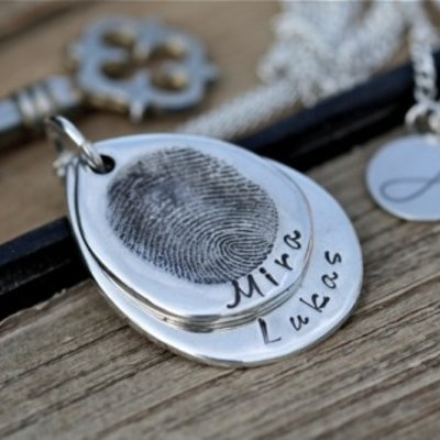 Joulberry Fingerprint Teardrop Duo Necklace