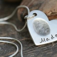 Joulberry Fingerprint Heart Necklace