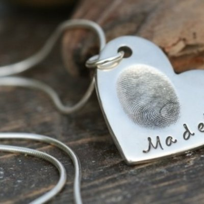 Joulberry Fingerprint Heart Necklace