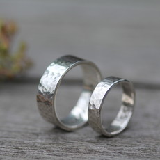 Joulberry Personalised Hammered Wedding Rings