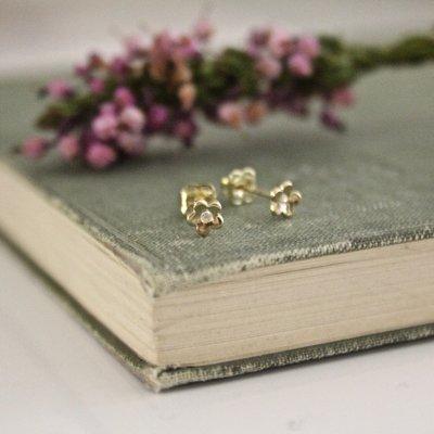 Gold Art Deco Flower Earrings
