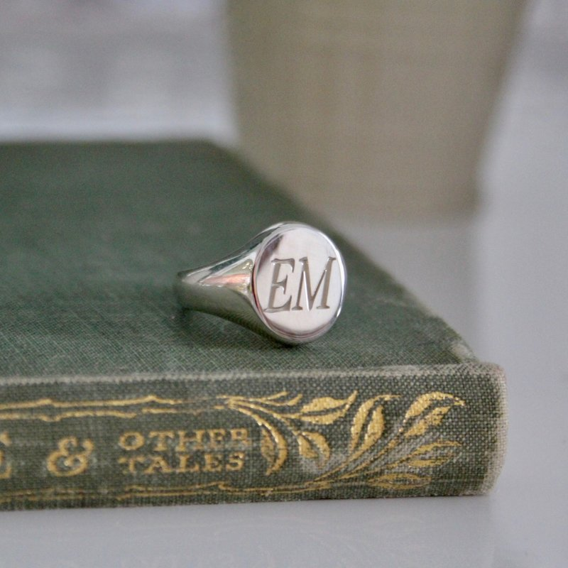 PERSONALISED Silver Oval Initials Signet Ring