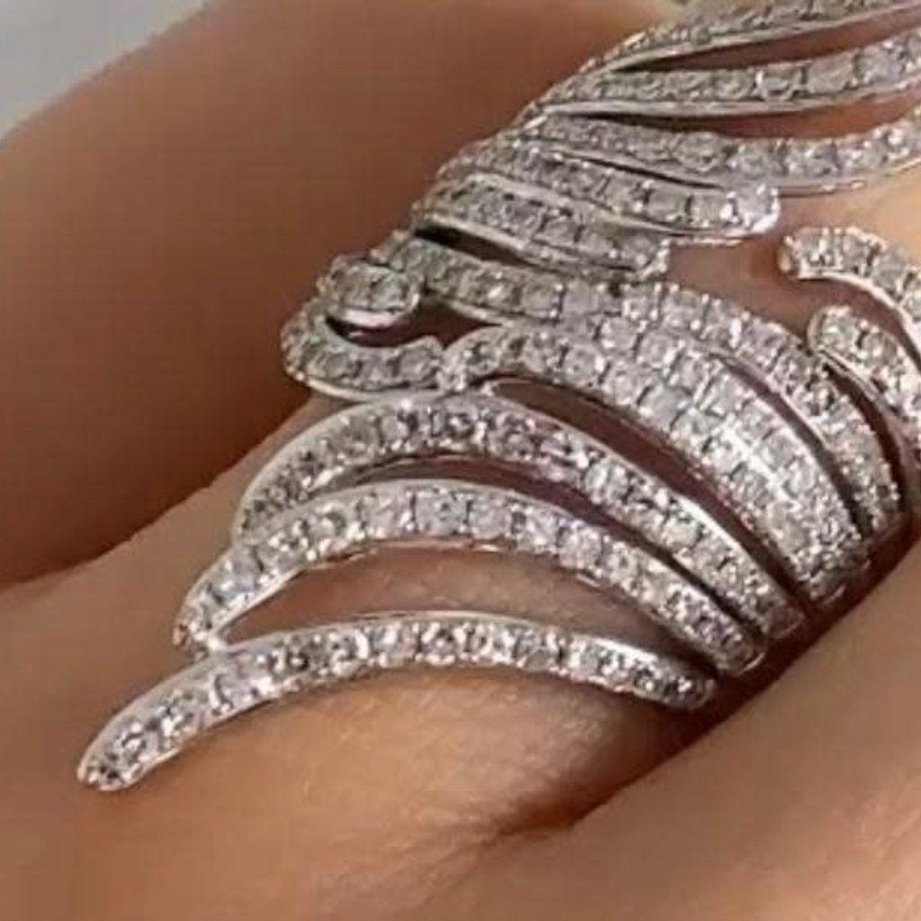 White Gold Diamond Deco Feather Ring