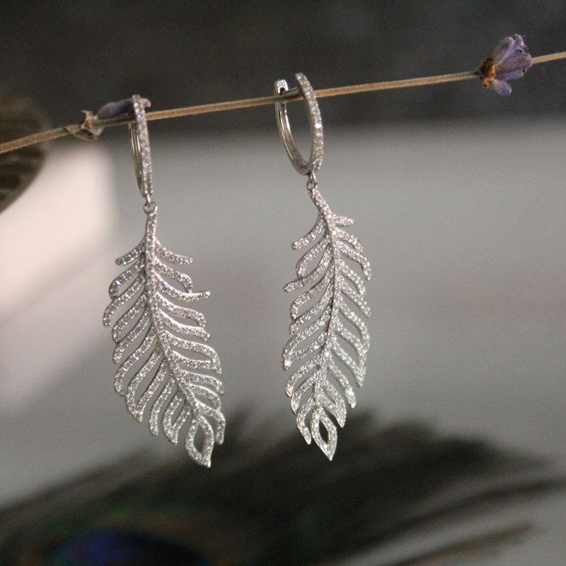 GATSBY White Gold Diamond Feather Earrings