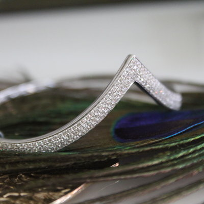 White Gold Wishbone Bangle