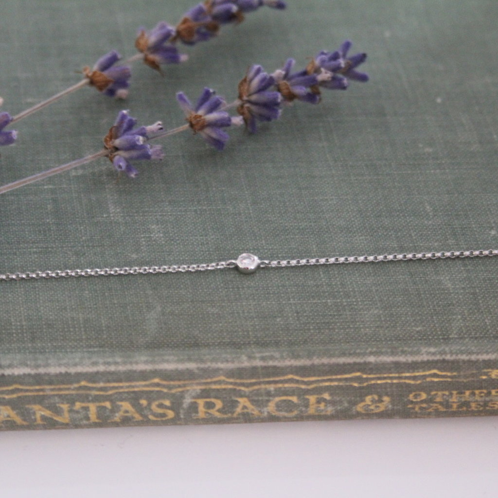 DAISY White Gold North Star Diamond Bracelet 0.04ct