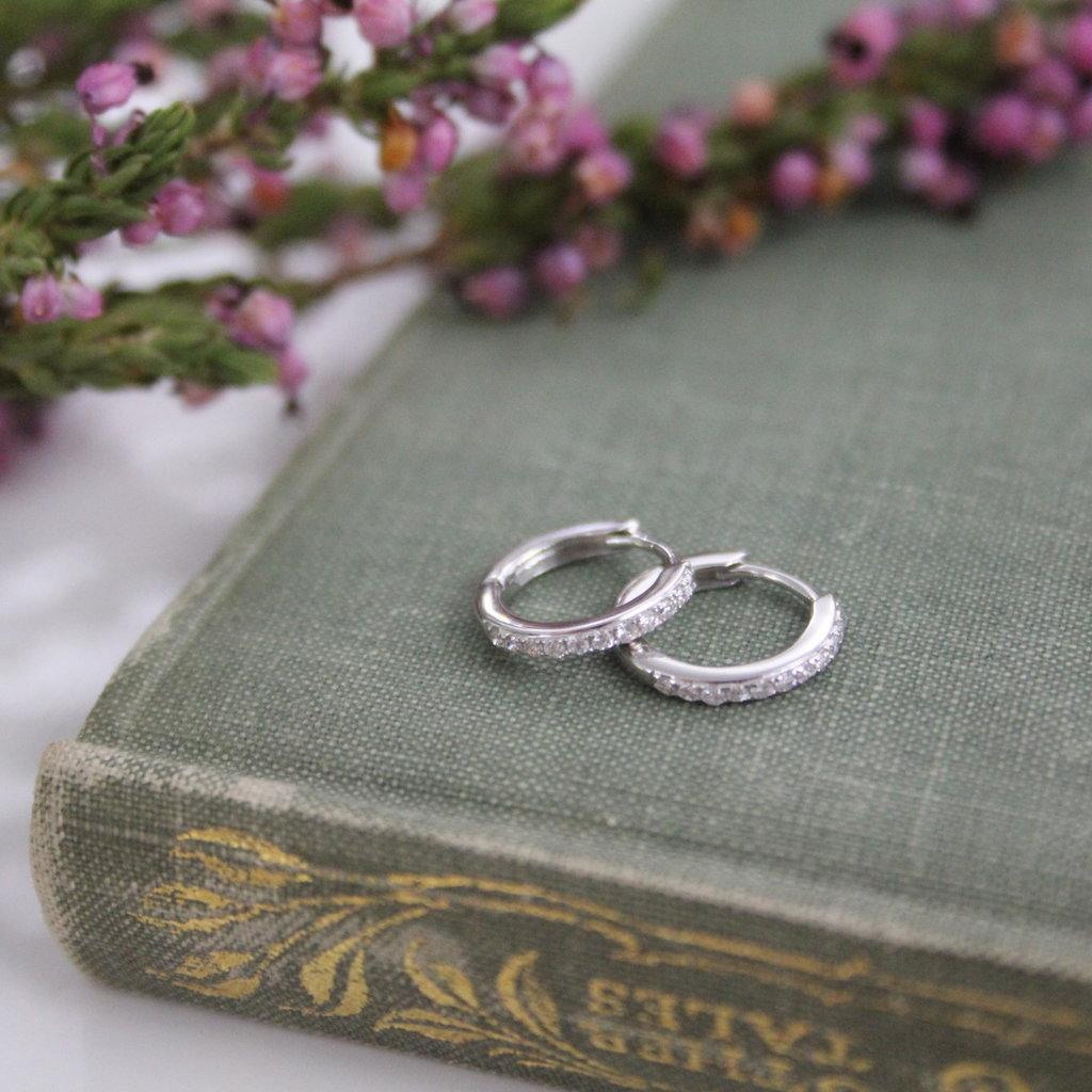 White Gold Round Diamond Hoop Earrings
