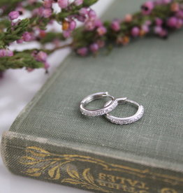 Joulberry White Gold Round Diamond Hoop Earrings