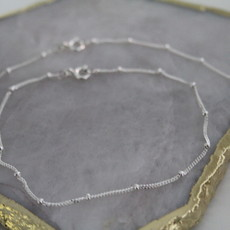 Joulberry Silver Jasmine Curb Necklace