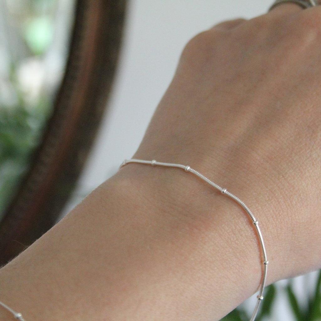 Joulberry Silver Jasmine Snake Bracelet