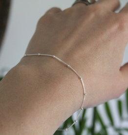 Joulberry Silver Jasmine Curb Bracelet