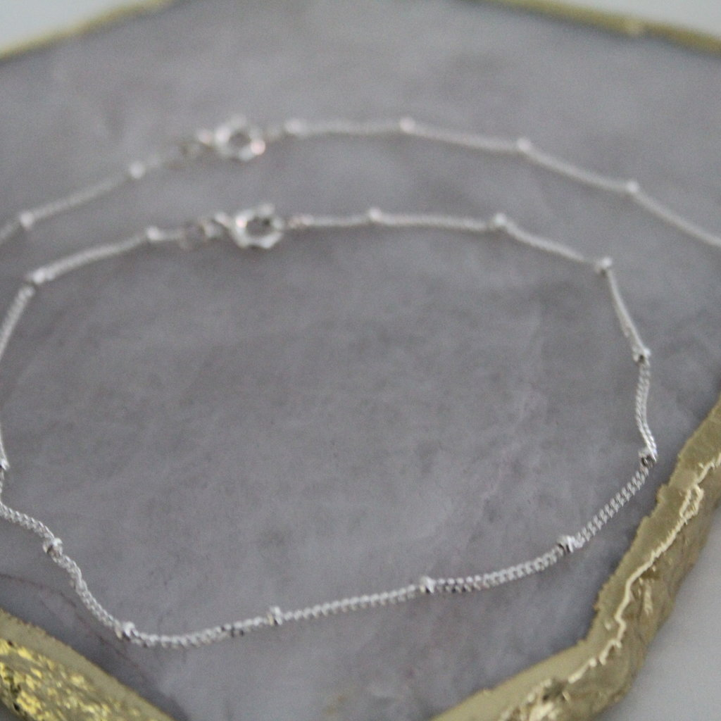 Joulberry Silver Jasmine Curb Bracelet
