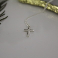Joulberry Silver Phoebe Cross Necklace