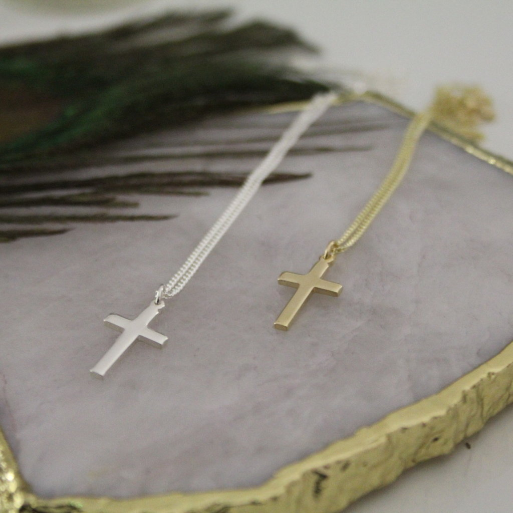 MADISON Silver Phoebe Cross Necklace