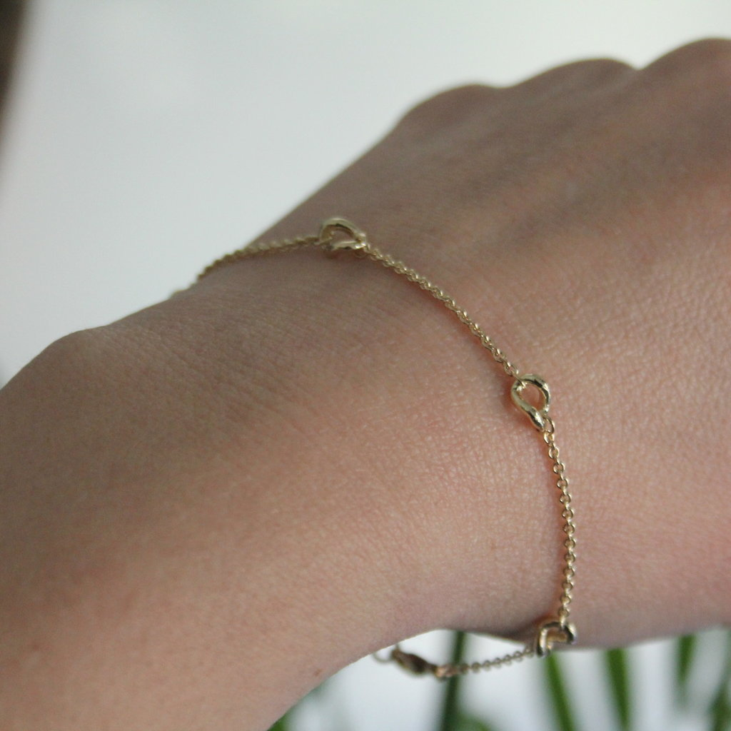 Gold Chain Twist Bracelet