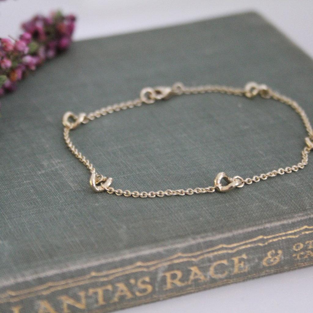 CASSIDY Gold Chain Twist Bracelet