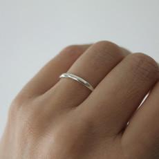 DAISY Silver Sheen Plain Stacking Ring