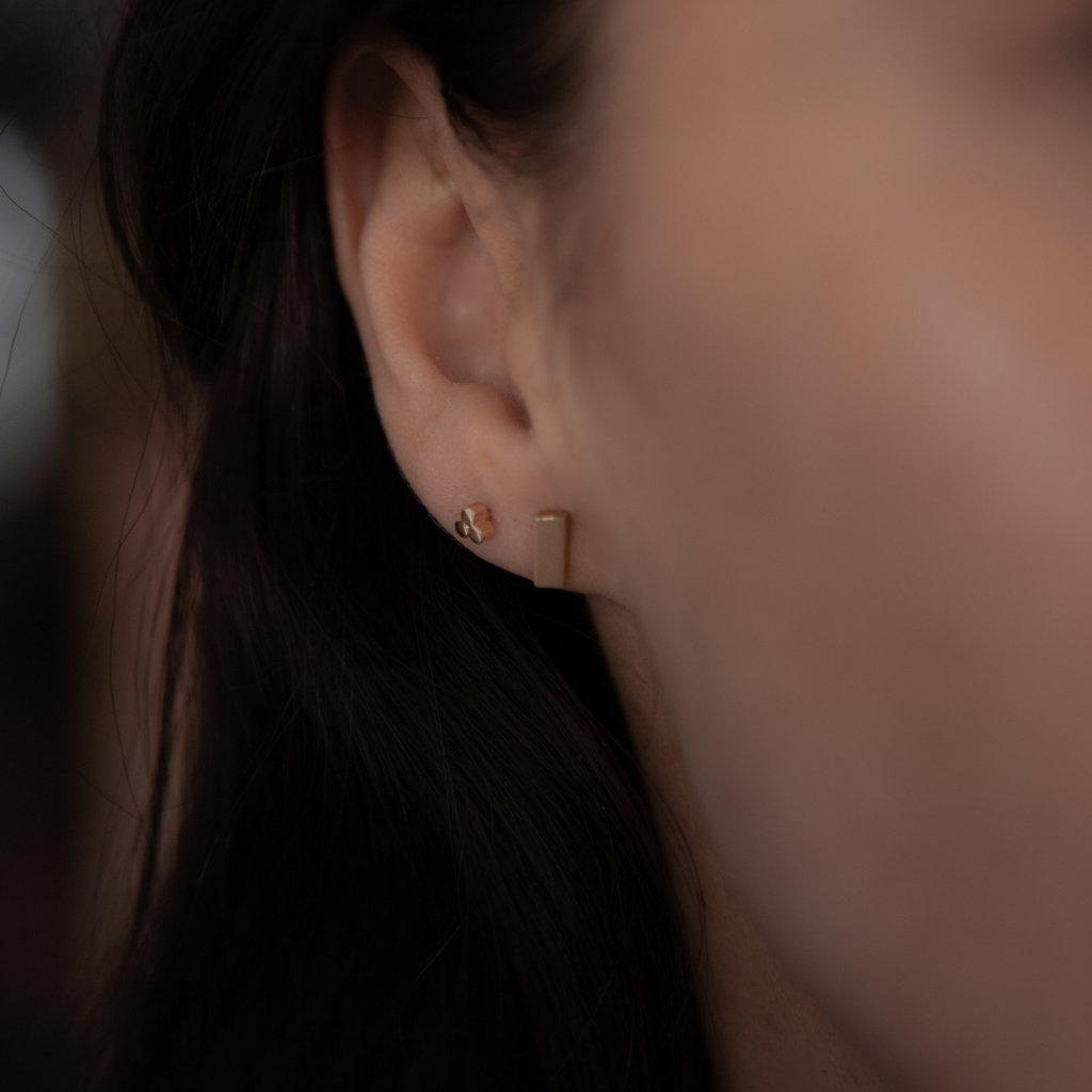 KENSINGTON Rose Gold Bolt Earrings