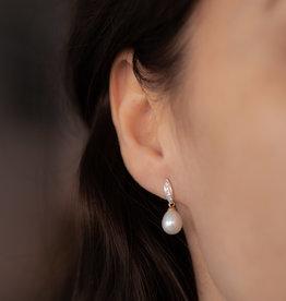 Joulberry Gold Diamond Leaf Pearl Earrings
