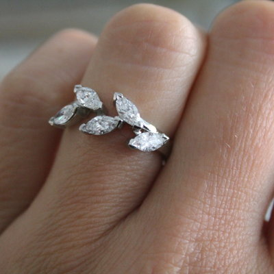 Joulberry Platinum Marquise Diamond Leaf Ring
