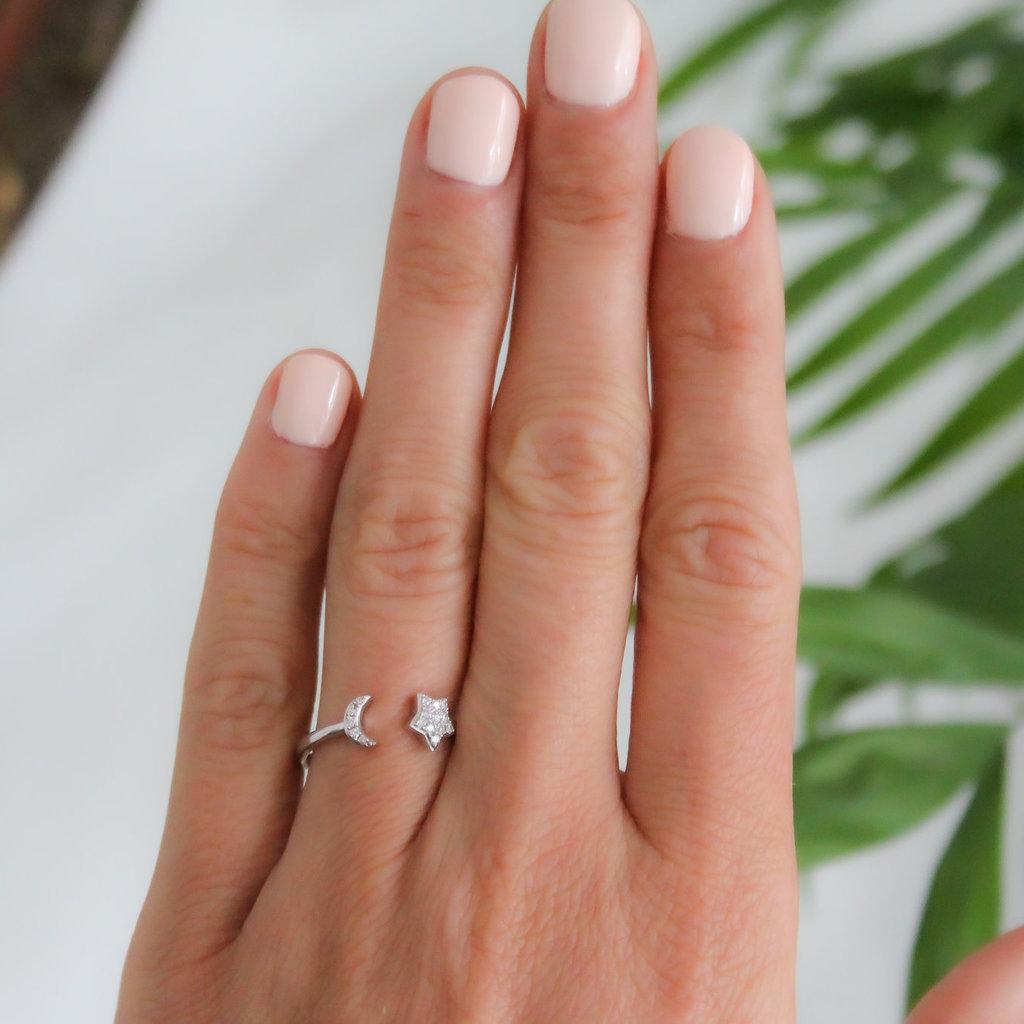 LUNA White Gold Moon and Stars Diamond Ring