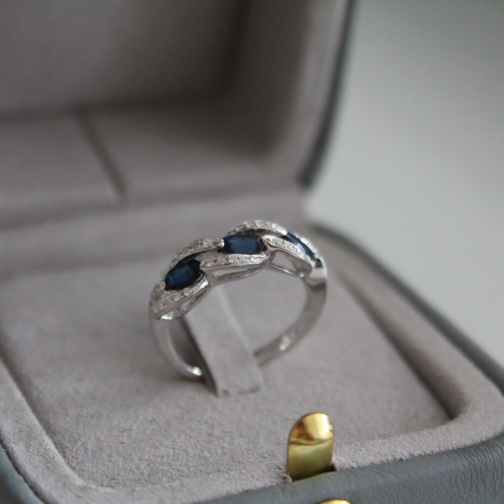 Joulberry Vogue Sapphire and Diamond Twist Ring
