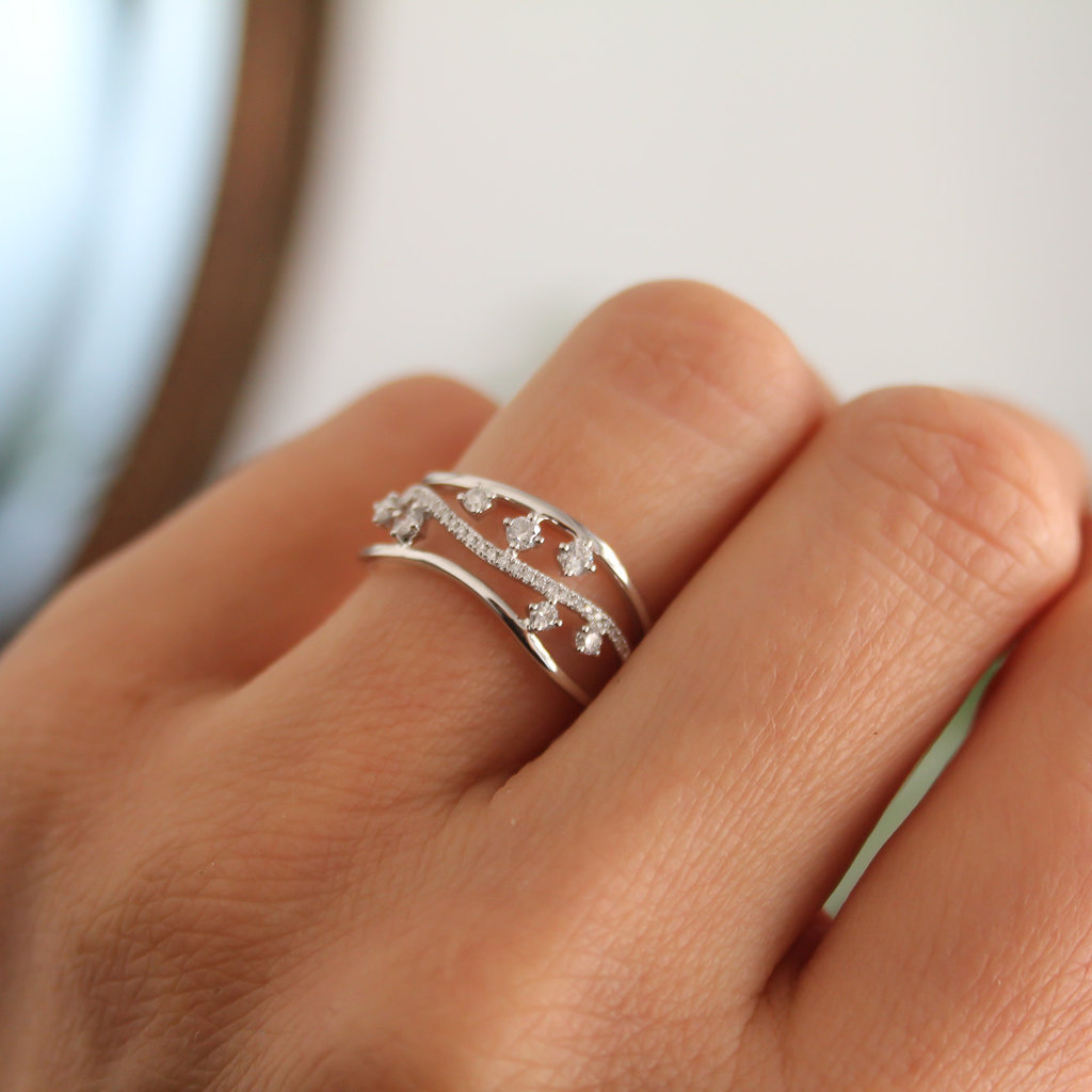 Noorda White Gold Diamond Evelyn Ring