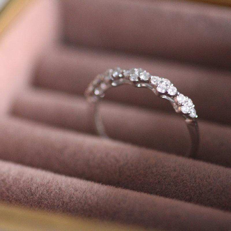 BLOSSOM White Gold Diamond Rosebay Ring