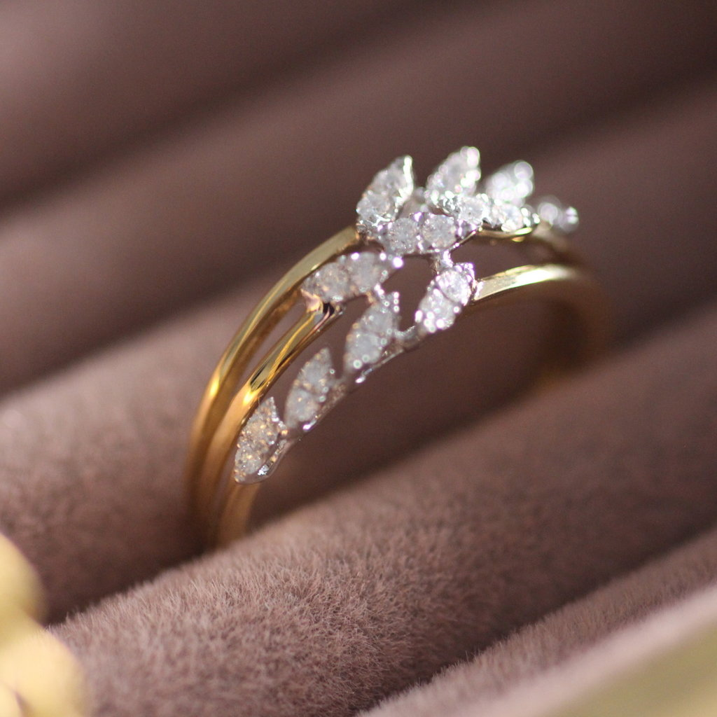 BLOSSOM Gold Diamond Willow Ring