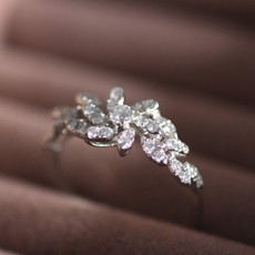 Joulberry White Gold Vogue Ottice Diamond Ring