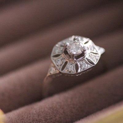 Vogue White Gold Loretta Diamond Ring