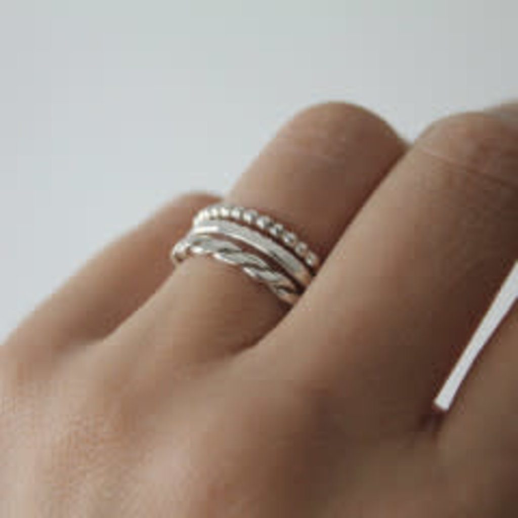 DAISY Silver Rope Stacking Ring