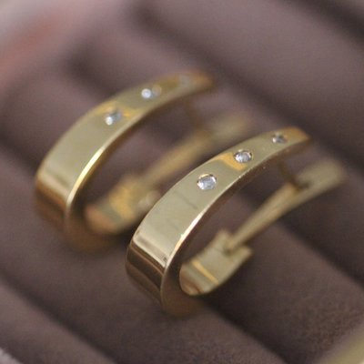 Vogue Gold Diamond Hoops