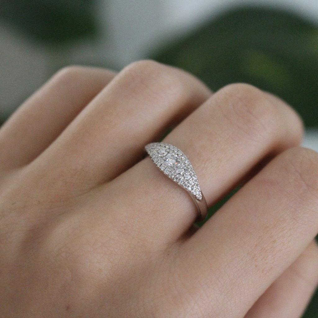 Vogue White Gold Sanibel Diamond Ring