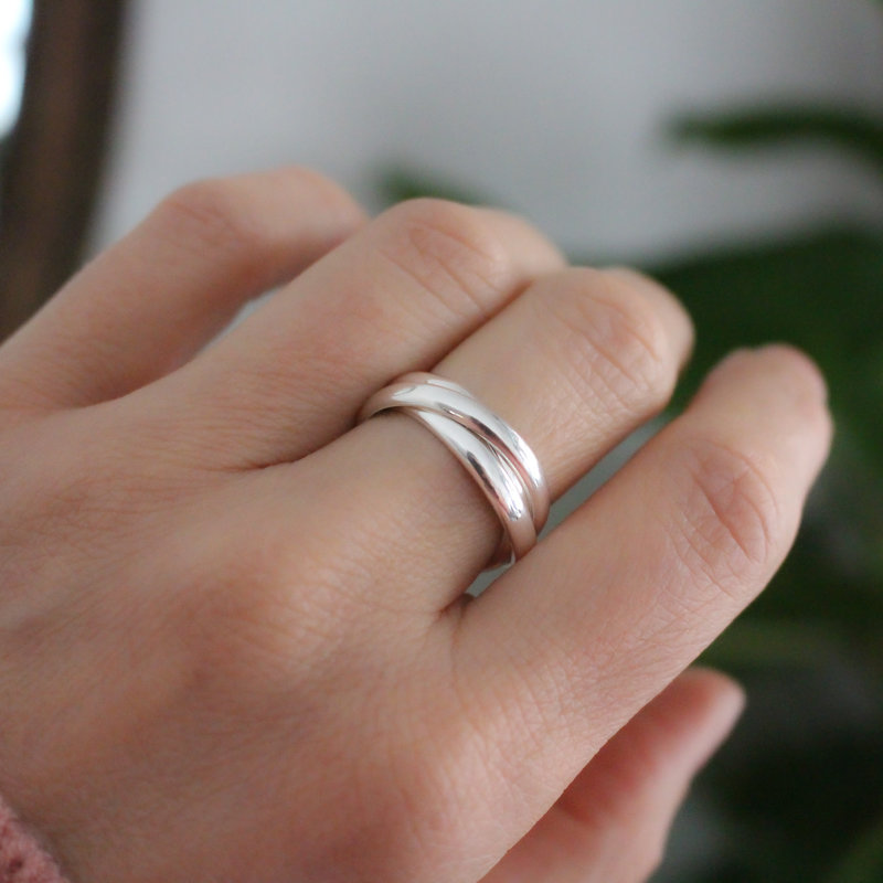 AMOR Silver Tres Ring