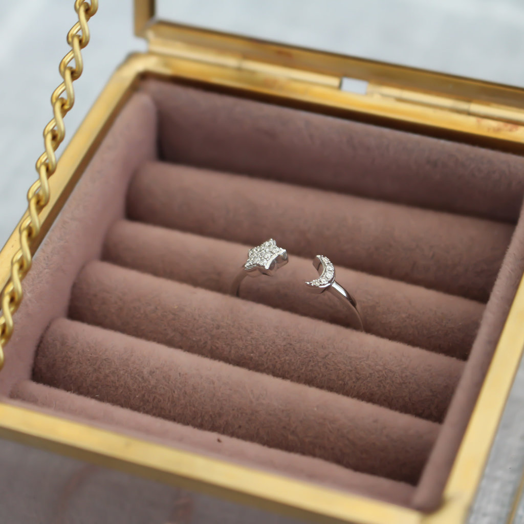 White Gold Moon and Star Diamond Ring