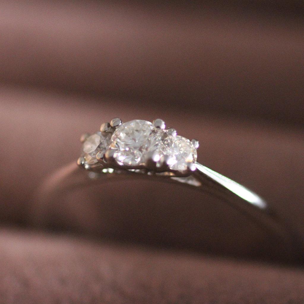 MONROE Platinum Diamond Angelina Ring