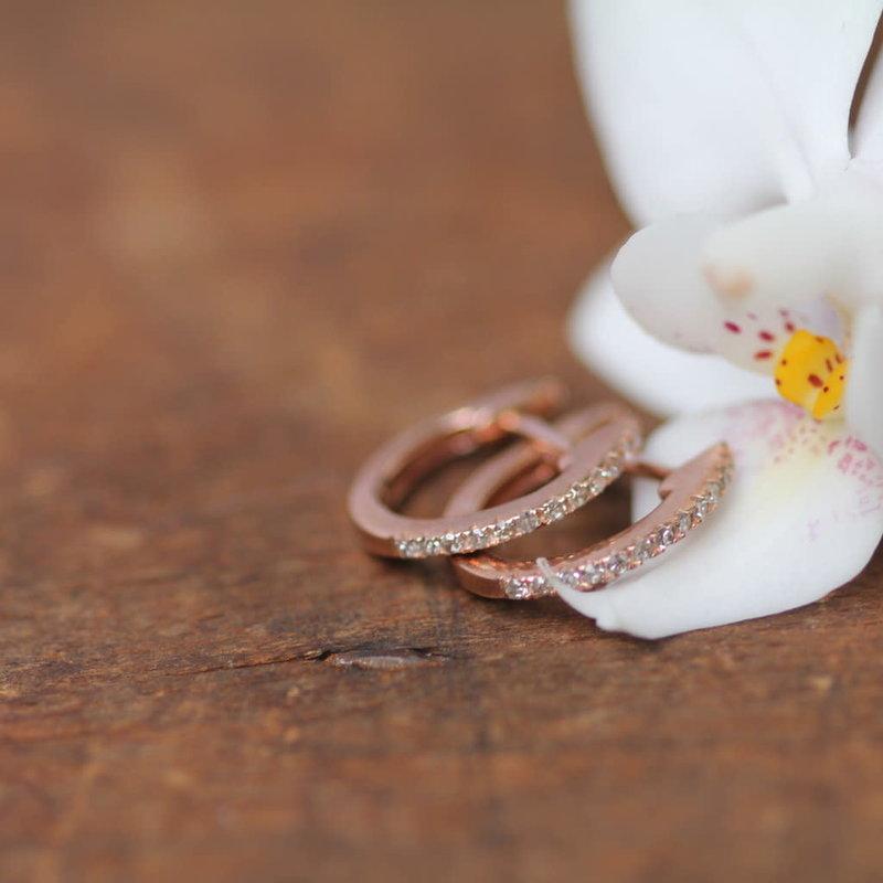 DAISY Gold Diamond Midi Hoop Earrings
