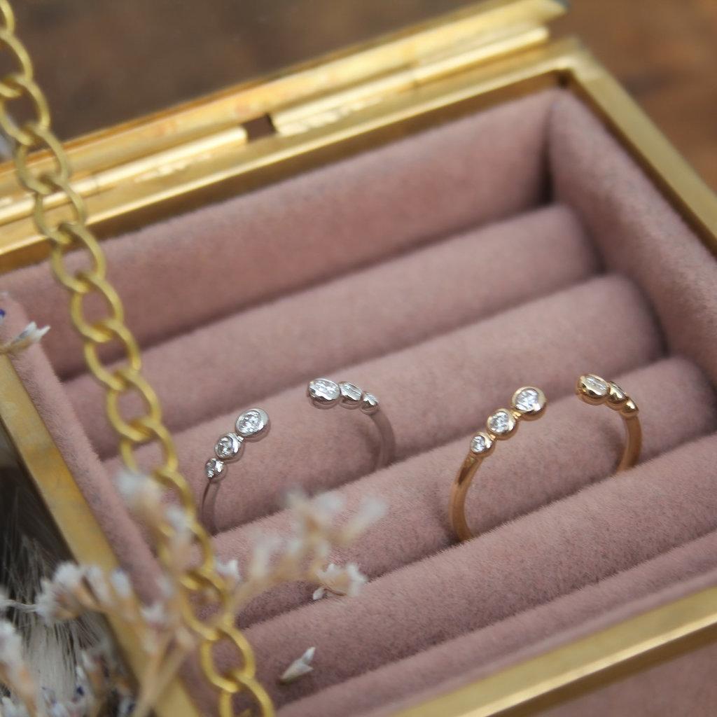 DAISY White Gold Aviana Diamond Ring