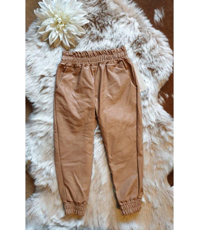 New Collection Leatherlook broek Jessica brique
