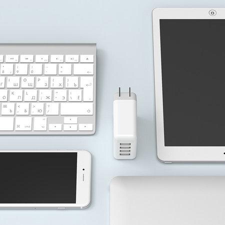 Orico  USB3.0 Thuislader/Reislader met vier Type-A poorten - 2.4A per poort - 30W - Wit