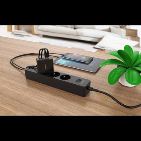 Orico  Compacte reis/thuislader met 4x USB-laadpoorten - 5V-2,4 per poort - IC Chip - Zwart