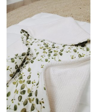 Wickeldecke Offwhite Bebe & Green Leaves