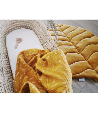 Leaf Playmat Ocher Velvet