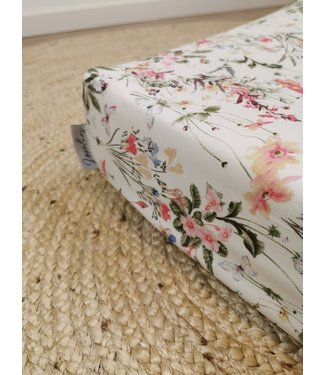 Changing Pad Cover Wild Flowers
