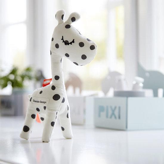 Done By Deer Rammelaar - Raffi Black dots - Done by Deer